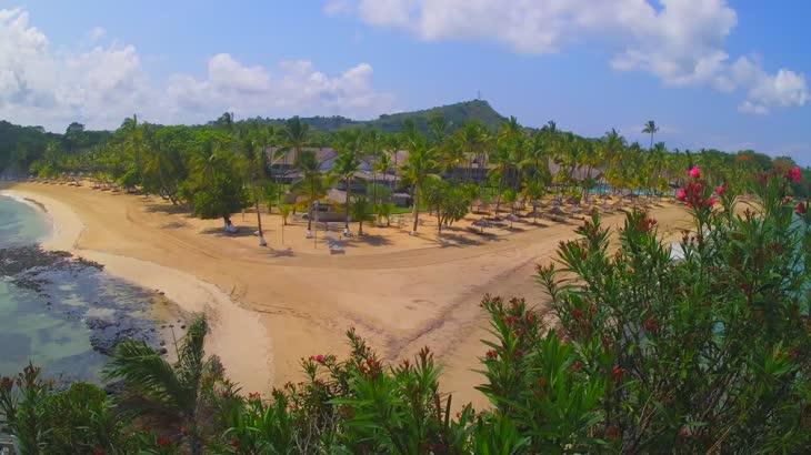 Веб камера - пляж отеля Андилана на острове Нуси-Бе, Мадагаскар