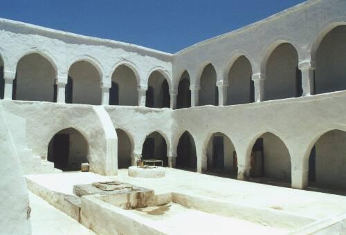 Fondouks, Джерба Тунис
