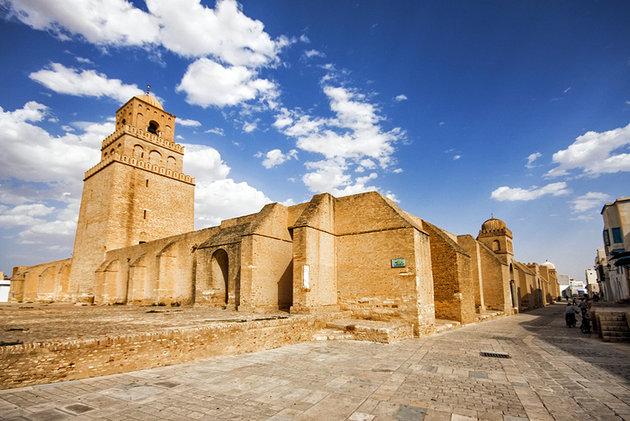 Большая мечеть ( Сиди Окба мечеть) Тунис