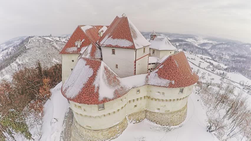 замок Велики Табор зимой