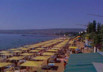 Онлайн веб камера городской пляж Феодосии, Крым