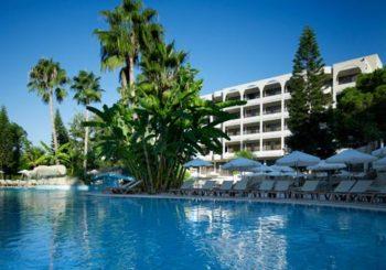 Онлайн веб камера отель Atlantica Oasis