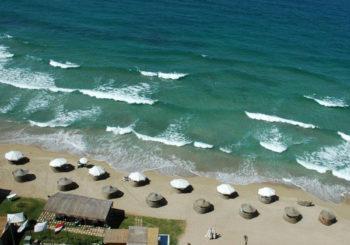 Онлайн веб камера пляж города Волос, Греция