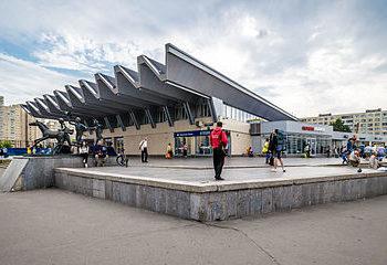 Онлайн веб камера Санкт-Петербурга метро Пионерская