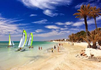 Онлайн веб камера Дельфиний пляж, Джерба