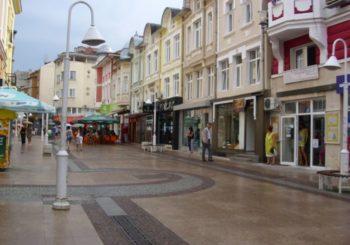 Онлайн веб камера исторический центр Габрово, Болгария