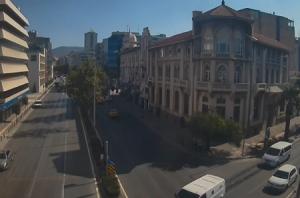 Онлайн веб камера Турция Измир улица Камхуривет