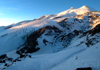 Онлайн веб камера Эльбрус станция Гарабаши вид на гору